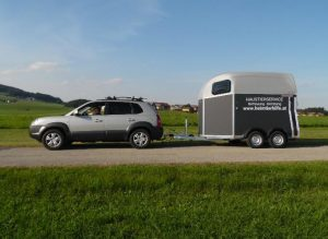 heimtierhilfe_haustierservice_pferdetransport_bild1_anhaenger